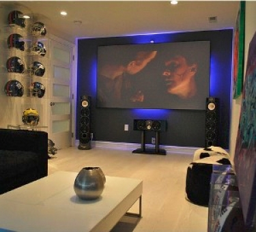 Inside Former New York Giant Amani Toomeru0027s $50K Home Theater   CE Pro