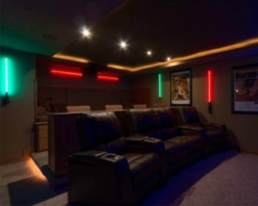 Expo Stands Lightsaber : Tbt star wars themed home theater comes complete with lightsabers