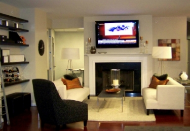 3 myths about mounting tvs over fireplaces ce pro for Meine wohnung click design download