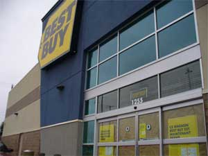 Best Buy Canada Closing 15 Stores, Cutting 800 Employees